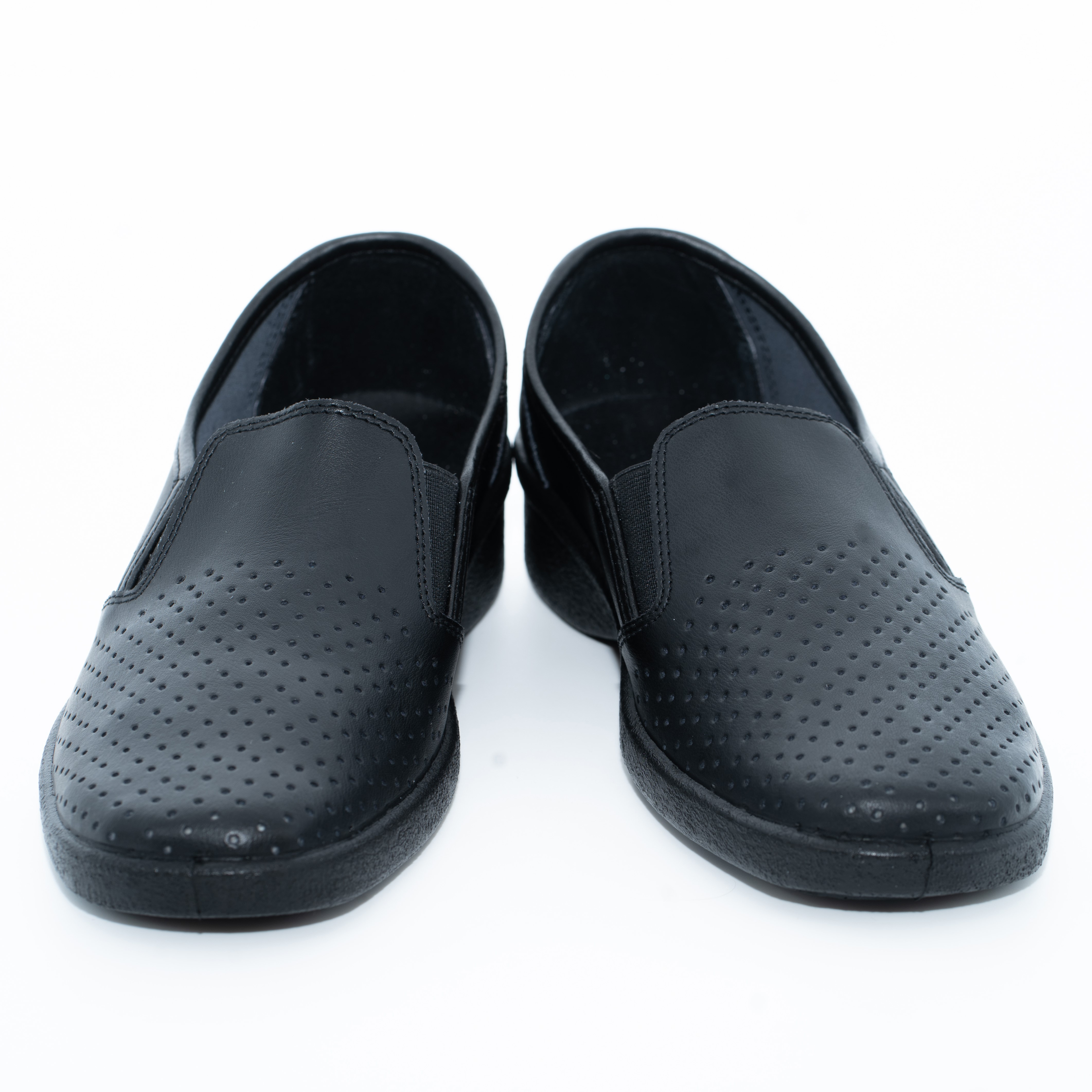 02-12 Обувь женская. Туфли повседневные из кожи на подошве ПУ (черные)